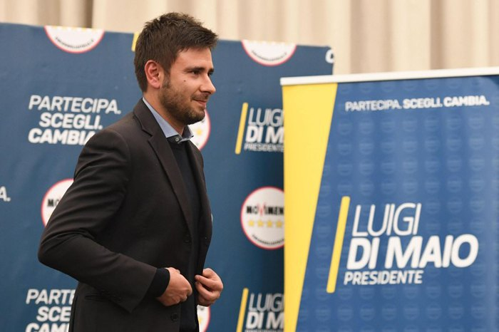 Алессандро ди Баттиста из *5 Звезд* во время пресс-конференции в Риме, Италия, 05 марта 2018.