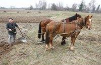 Азаров осознал необходимость технического переоснащения сельского хозяйства