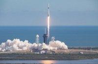 SpaceX запустила грузовой корабль Crew Dragon к МКС