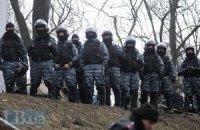Активіст отримав ножове поранення після візиту за барикади на Грушевського