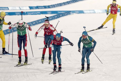 Мужскую сборную Украины по биатлону сняли с эстафеты на этапе Кубка мира