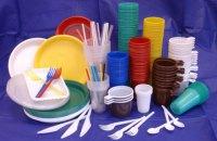 В Беларуси запретят использовать пластиковую посуду в заведениях питания