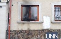 Політолог назвав імовірного замовника підпалу ужгородського офісу спілки угорців