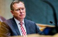 Міністр охорони здоров'я Нідерландів знепритомнів під час дебатів щодо коронавірусу