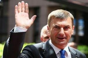 Прем'єр-міністр Естонії проводить відпустку на велосипеді