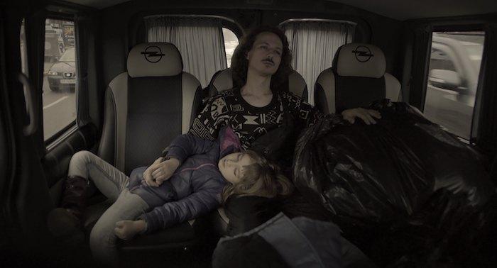 Кадр из фильма Папа – мамин брат