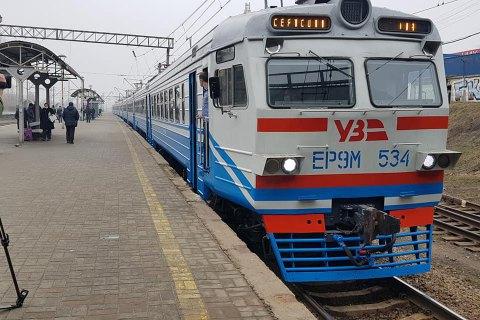 В Хмельницкой области приостановили движение пригородных поездов