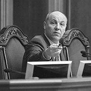 Торги за антикорупційний суд