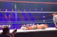 Рестлер скончался на ринге прямо во время поединка в Лондоне