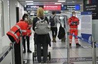 """Уряд розробляє регламент заборони на в'їзд в Україну іноземців з """"червоних"""" країн"""