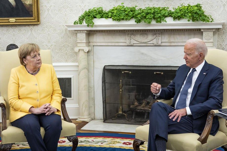 Президент США Джо Байден і канцлер Німеччини Ангела Меркель під час переговорів у Білому домі, Вашингтон, 15 липня 2021 р.
