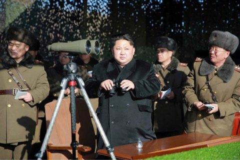 Ким Чен Ын приказал армии держать ядерное оружие наготове