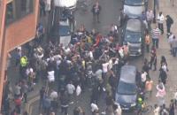 В Лондоне вспыхнули протесты из-за пожара в многоэтажке