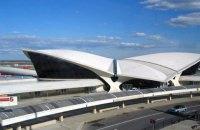 В аэропорту Нью-Йорка эвакуировали пассажиров самолета из Москвы из-за сообщения о бомбе