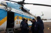 На Дніпрі під Києвом рятувальники залучили вертоліт до пошуку двох чоловіків