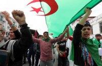 В Алжирі скасували президентські вибори через відсутність кандидатів