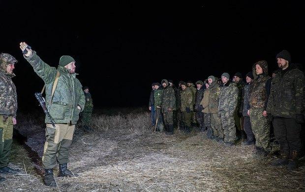 Пленные украинские военные перед обменом