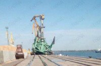 """В николаевском порту """"Ольвия"""" упали два крана"""