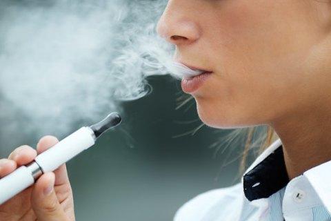 В США электронные сигареты признали одной из главных угроз здоровью