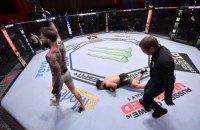 """На турнире UFC 250 боец с одного удара """"потушил свет"""" сопернику"""