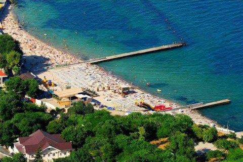 """В Одесі біля пляжу """"Дельфін"""" зареєстрували перевищення норми нафтопродуктів у воді"""