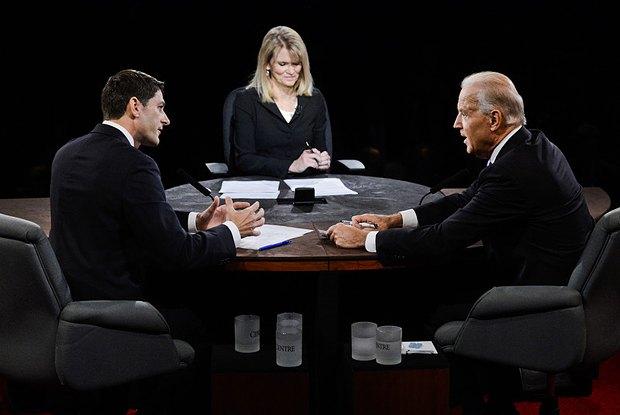 Кандидаты в вице-президенты и ведущая теледебатов Марта Раддац