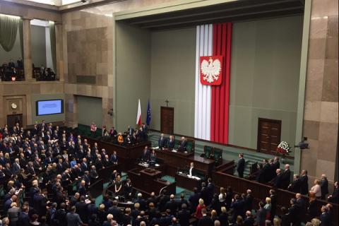 Сейм Польщі зобов'язав місцеву владу декомунізувати назви вулиць