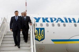 Самолет Януковича зацепился за трап - СМИ