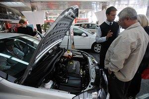 Україні обіцяють зростання автопродажів 2013 року