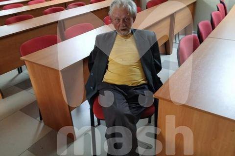В России пенсионер ранил ножом четверых сотрудников редакции, требуя статью о Сталине