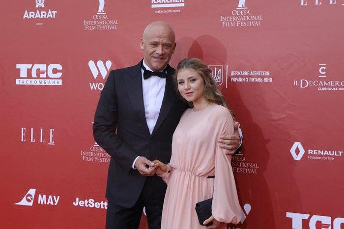 Труханов з донькою Алісою на відкритті Одеського кінофестивалю
