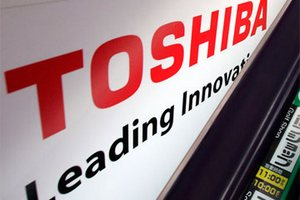 Toshiba почти в два раза увеличила прибыль