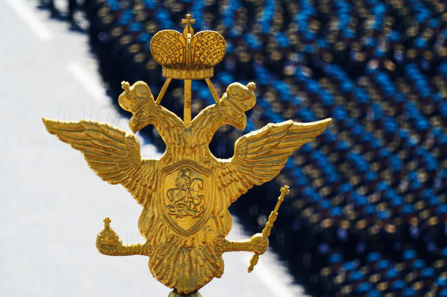 Во время военного парада на Красной площади в Москве, 24 июня 2020