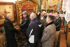 Ющенко помолился в Бориславе