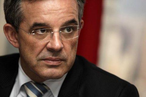 Французского политика отстранили от должности из-за поездки в оккупированный Крым