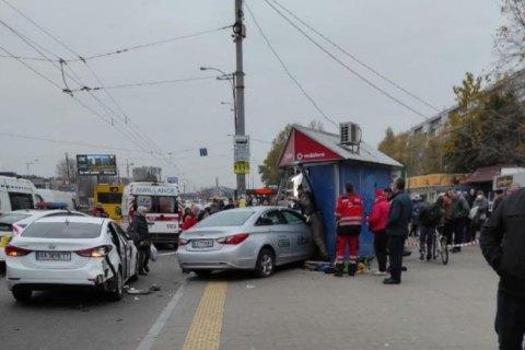 Киевский таксист, вылетевший на тротуар и сбивший насмерть двух человек, пошел под суд