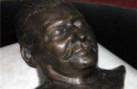 В парламенте Таджикистана найден тайник с бюстами Маркса, Энгельса, Ленина и Сталина