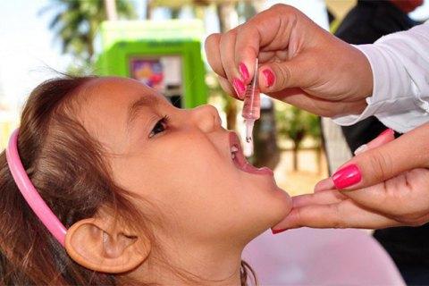 В Україні стартує перший раунд вакцинації проти поліомієліту
