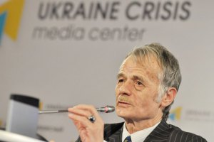 Кримських татар штрафують за зустріч Джемілєва на кордоні з Кримом
