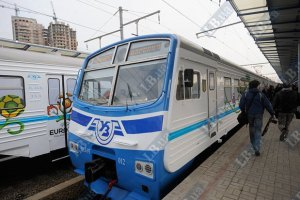 """Убытки """"Укрзализныци"""" от пассажирских перевозок выросли до 5,3 млрд грн"""
