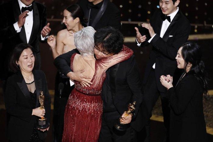 Лучший режиссер: Пон Чжун Хо, 'Паразиты'
