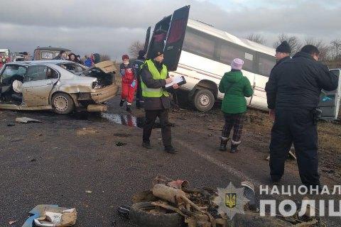 """В больнице умерла еще одна женщина, пострадавшая в ДТП маршрутки и """"евробляхи"""" под Одессой"""