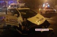 В Николаеве патрульный автомобиль столкнулся с микроавтобусом