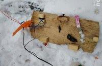 Киянин знайшов біля свого автомобіля саморобну бомбу