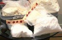 На заводе Coca-Cola в Марселе обнаружили мешки с 370 кг кокаина
