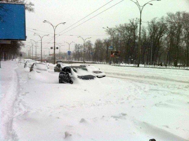 Киевские дороги, в основном, выглядят так