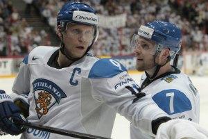 Фінн, який переміг рак, зав'язав із хокеєм