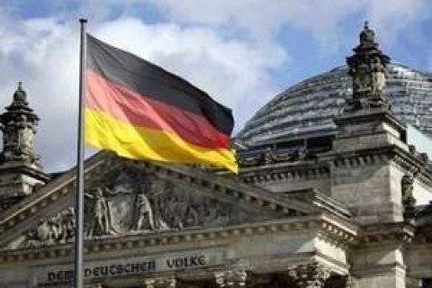 В Германии партии договорились ограничить прием беженцев