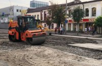 Проезжая часть улицы Антоновича в Киеве восстановлена после потопа