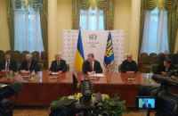 Порошенко гарантировал сохранение независимости НБУ при Смолие